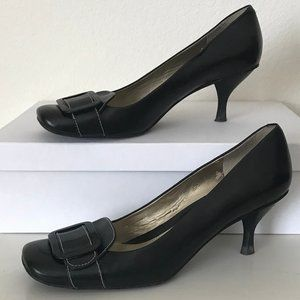 Black Nine West buckle heels pumps size 8